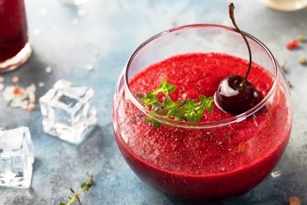 Cherry studena polievka, gaspacho