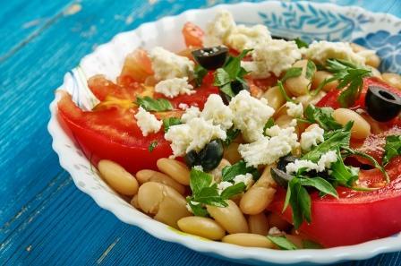 Fazuľový šalát so zeleninou