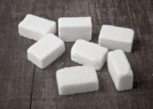 biely rafinovany cukor