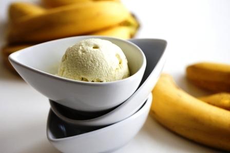 domaca zmrzlina s bananom