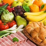 ovoce, zelenina, pečivo, šunka